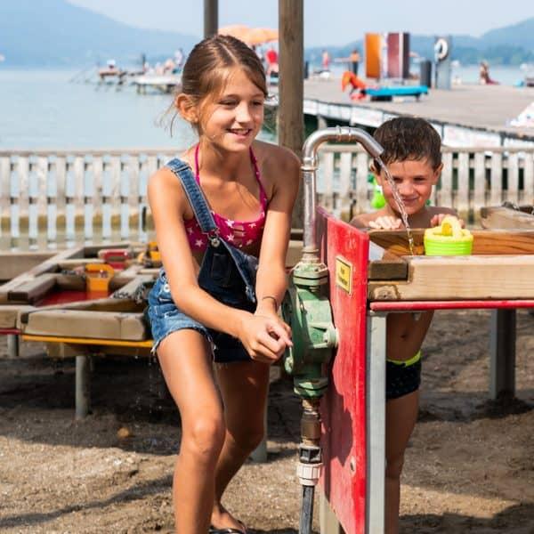 Kinder Spielplatz Strandbad Klagenfurt